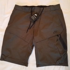 Nike tech pack cargo dress shorts